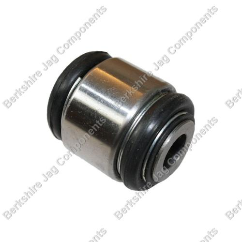 XJ40 Late Rear Lower Shock Bush CCC6782R