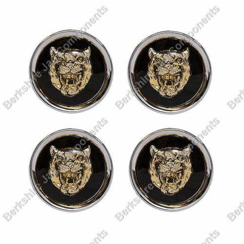 Alloy Wheel Badges Black/Gold MNA6249FA-S